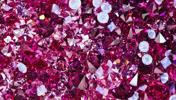 glimmende roze steentjes